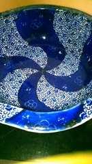 江戸中期伊万里微塵唐草紋様ベロ藍鉢