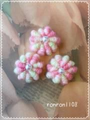 ハンドメイド♪ぷっくりお花の毛糸編みモチーフ3個セット 21
