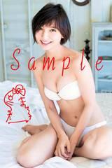【送料無料】 AKB篠田麻里子 写真5枚セット<サイン入> 13