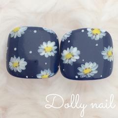 みぢょ!ペディチップ親指用2枚ネイビー紺色デイジー手描きフラワーお花柄