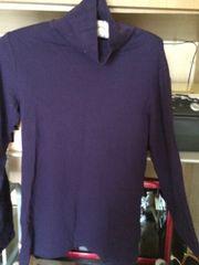 UNIQLOにて購入XL紫タートルネック長袖