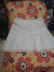 S33 ホワイトプリーツ膝丈スカート 73