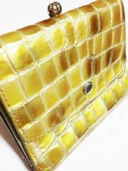コッコフィオーレ/COCO FIORE 革製クリスタルタイル二つ折り財布