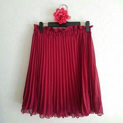 【ウエストゴム】新品 ボルドー プリーツスカート