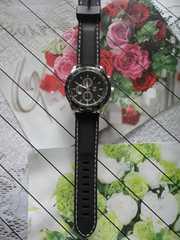 【訳アリ品に付き送料込】 ファッション時計 BK