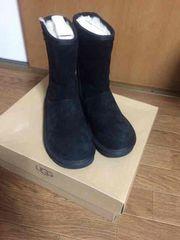 新品 UGG アグ ムートンブーツ ブラック 22�p 小さいサイズ 黒