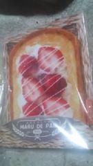 まるでパンみたいな【ふわふわミラー】苺ホイップ