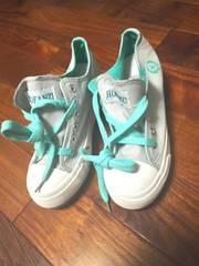 未使用エメラルドグリーン白グレー運動靴スニーカー厚底ヒール灰色姫