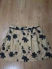 ★新品タグ4L★花柄刺繍★超お洒落スカート