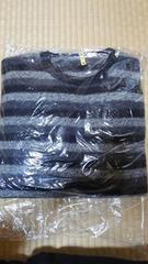 長袖セーター【中古】黒と濃いグレーと薄いグレーのボーダー柄