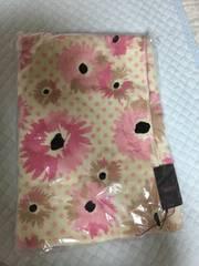 新品未開封ラヴィジュール 花柄バスタオルピンク定価4725円
