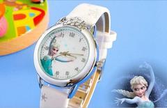 【新品】アナと雪の女王 アナ雪 子供用 キッズ腕時計 ホワイト