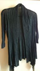 ■春物美品黒裾変形シンプルカーデ■