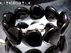 天然石★16ミリ黒瑪瑙AAAブラックハートオニキス
