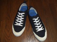 人気!gapギャップキャンバススニーカー黒白28.5センチus10.5靴blackwhite
