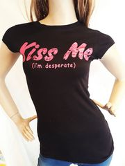 CLASS ロゴ Tシャツ kiss me 黒 ピンク
