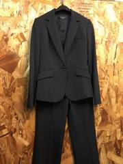 新品☆5号サイズ高級感ある黒パンツスーツ♪キレイライン☆j331