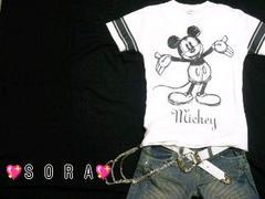 ディズニー【ミッキー】手描きプリントTシャツ
