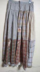 ピンクハウス スカート チェック柄とアップリケが素敵