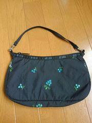 ☆美品☆レスポートサック☆お花刺繍ブラックバッグ