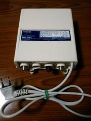東芝製 CATV(地デジ)分配補償増幅器 ブースター THC-77F3