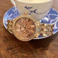 最安値!ロレックス好きの方に♪デザインクロノ 腕時計ローズゴールド