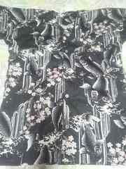 ☆新柄黒×しだれ桜鯉大柄鯉口ダボシャツL