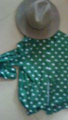 ドット柄シャツ レトロ ブラウス  水玉  グリーンシャツ   ワイドパンツに☆