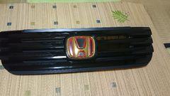 N-BOX・カスタム・2トーンカラー用・JF2・Fグリル・ゴールドエンブレム付・中古品