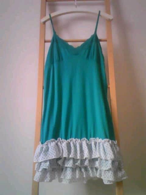 グリーン ドットフリル キャミワンピ  < 女性ファッションの
