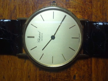 ★ショパールのK18腕時計でクロコ黒革のベルトで送料込みです☆