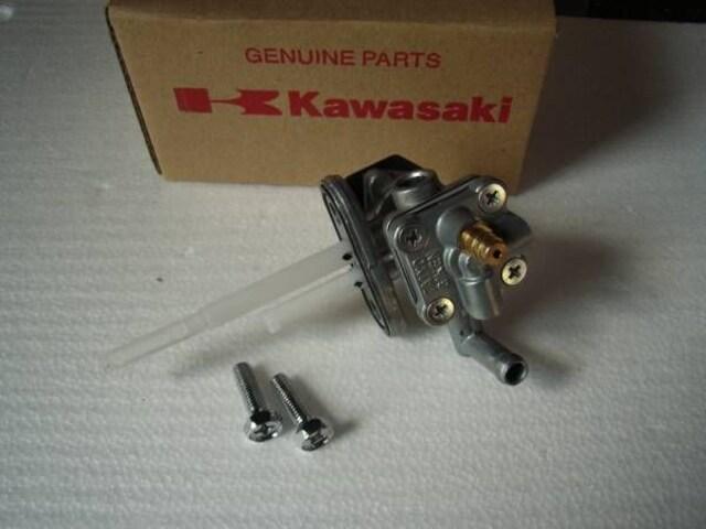 Z400GP ガソリンコック 新品即決 kawasaki 純正 < 自動車/バイク