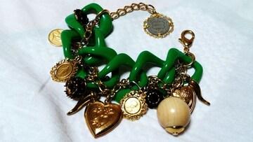 ドルチェ&ガッバーナD&G 8連アイコンチェーンフリンジブレスレット ゴールド×緑 ドルガバ