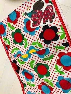 入園入学準備に!ヴァナヴァナワッペン付きランチマット花柄赤