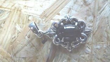 ブラックスターペンダントトップ(からくさ装飾)BS-03