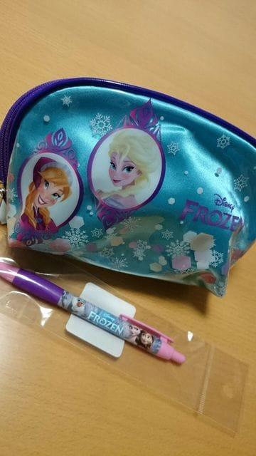 ★新品★アナと雪の女王★ポーチ&ボールペンセット★ < アニメ/コミック/キャラクターの