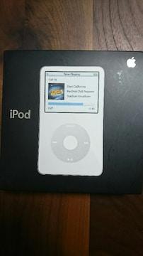ジャンク品 第5.5世代 iPod 30GB ホワイト 未使用イヤホン付き