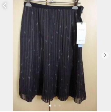 新品16275円 INDIVIインディヴィ 黒 スカート