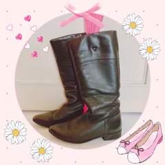 モバオクで買える「ザラ ブーツ」の画像です。価格は1,000円になります。