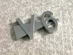 V6 エンブレム 立体型 タイプ