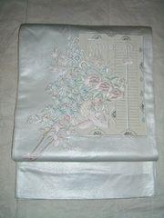 銀箔繊細な手刺繍紋様の開き名古屋帯