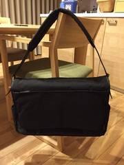 新品定価20520円マーガレットハウエルの鞄カバンバッグ黒