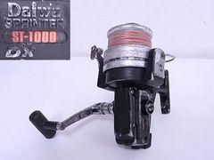 Daiwa スピニングリールSPRINTER ST-1000DX ◆080401