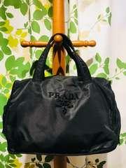 良品プラダハンドバッグブラックナイロン刺繍ロゴデザイン保存袋