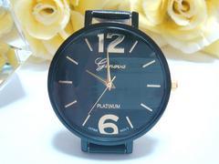 12&6数字のお洒落な見やすい腕時計(黒