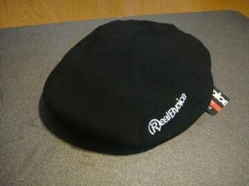 リアルビーボイス シルバーロゴ刺繍 ハンチングキャップ ブラック フリーサイズ \4,410