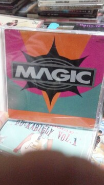 MAGIC/NOWHERE�呑カビリークリームソーダピンクドラゴンキャットストリートマジック