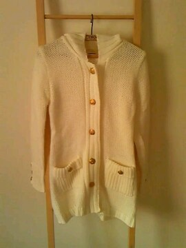新品タグナシ★フード★ベルト付あったか起毛変わり編みニットコート*ホワイト