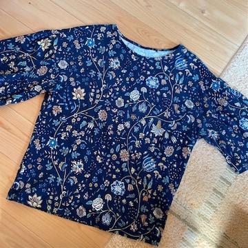 花柄 Tシャツ カットソー