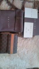 セリーヌレア財布